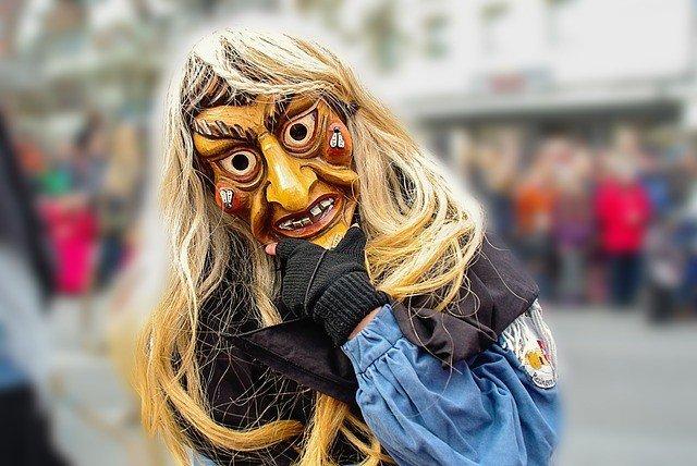 carnival-326491_640