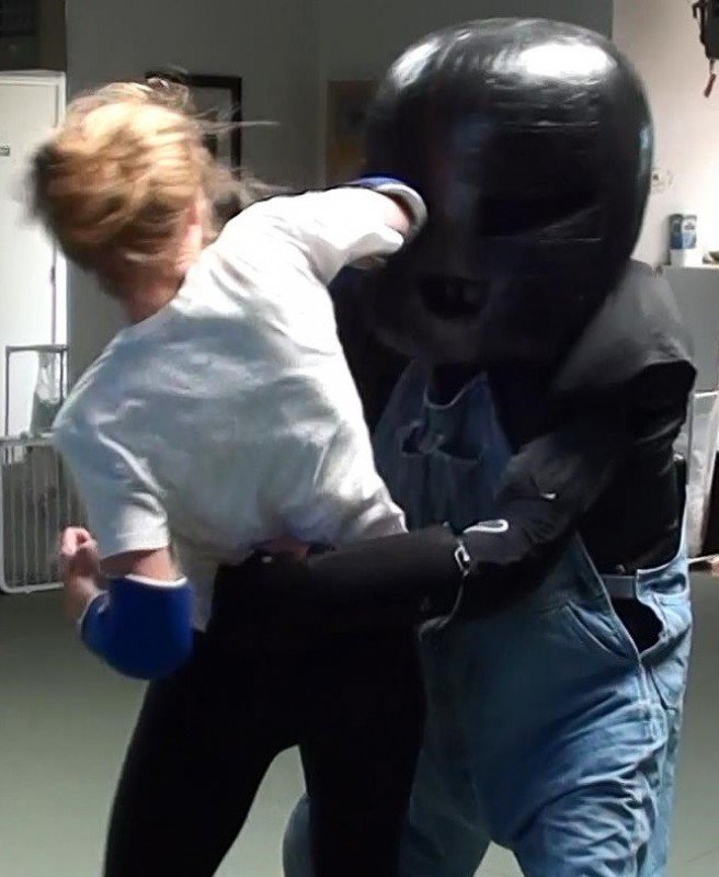 self-defense-workshop-rear-attack