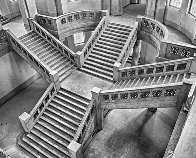 stairway-114820_640